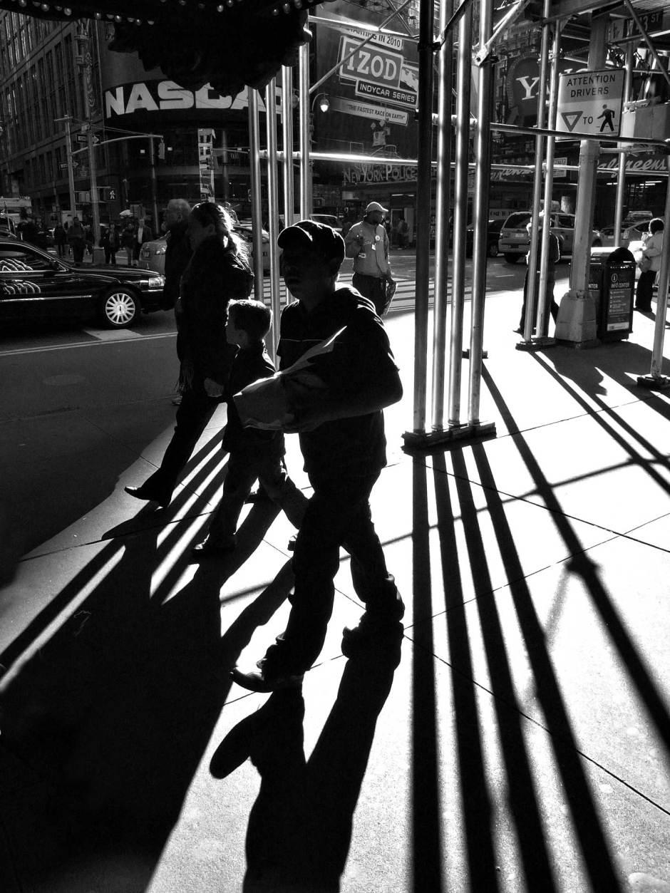 Street Photography Ronya Galka Ricoh GX200