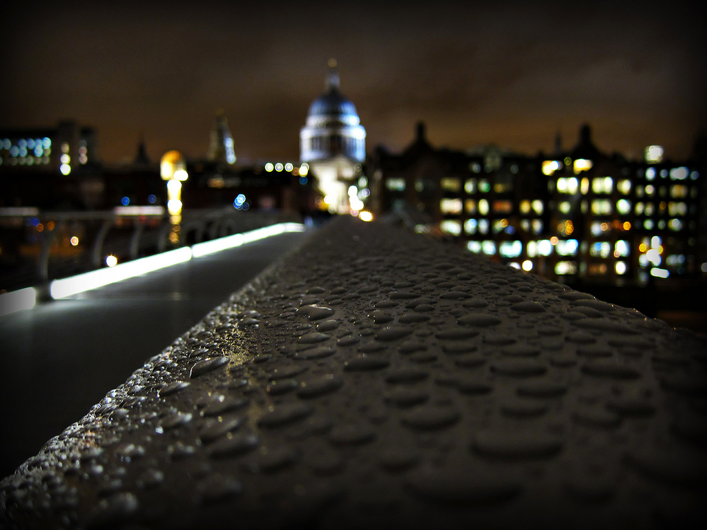 Low light photography London in the rain