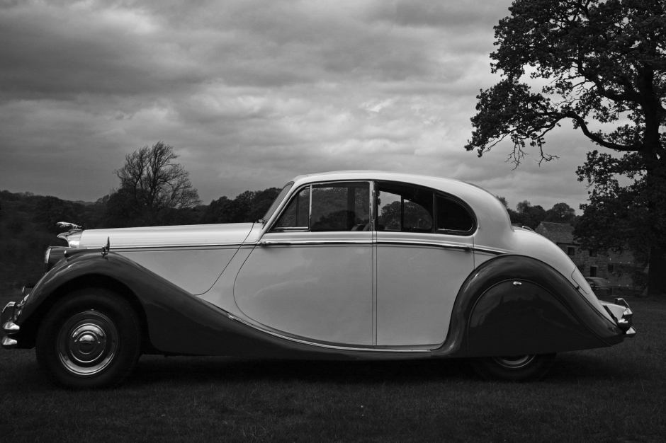 Classic Bentley black and white s